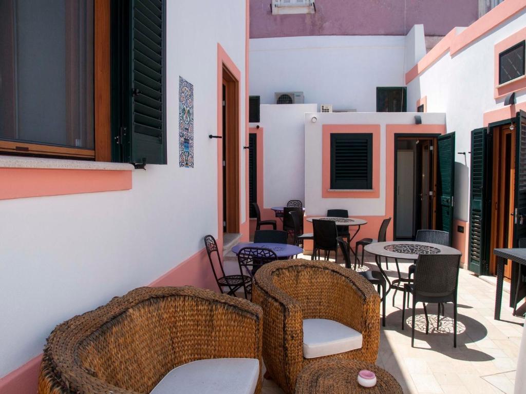 Guesthouse La Terrazza Sul Porto, Ponza, Italy - Booking.com