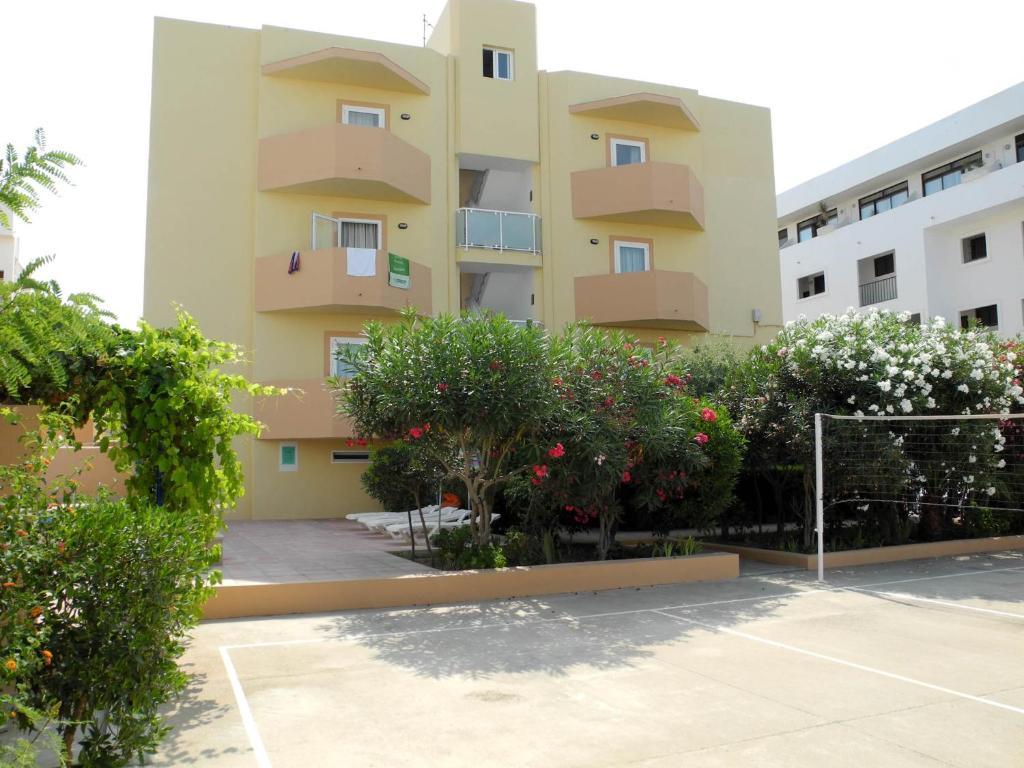 Apartamentos Timon Formentera Vacaciones Es Pujols Precios