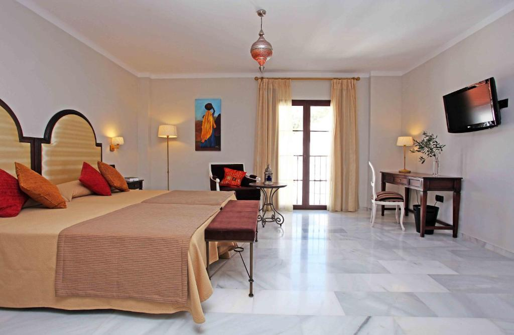 boutique hotels in málaga  166