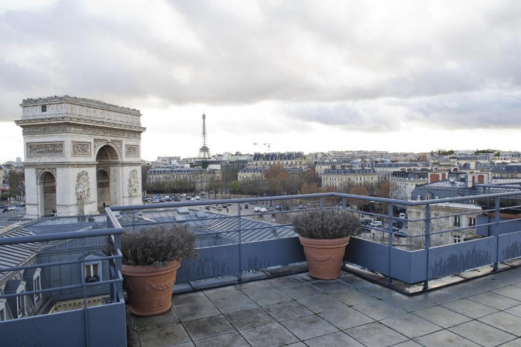 Aparthotel adagio access paris tilsitt paris france for Apparthotel en france