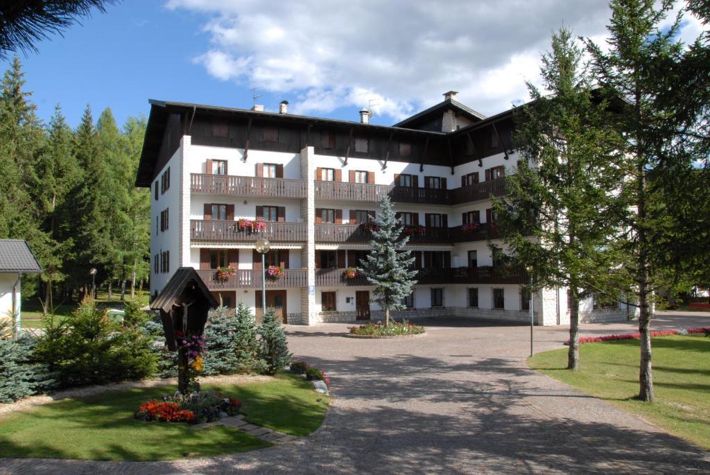 Hotel Casa Santa Maria (Italië Folgaria) - Booking.com