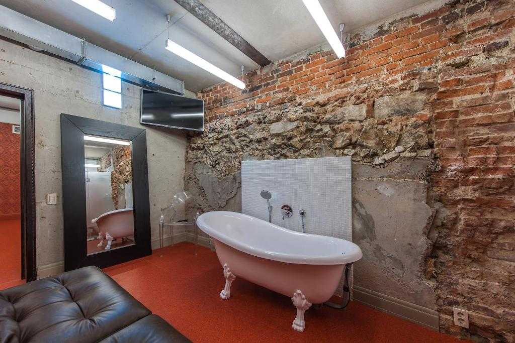 Ванная комната в Авторский отель Бронзовый Кабан Воронеж Центр