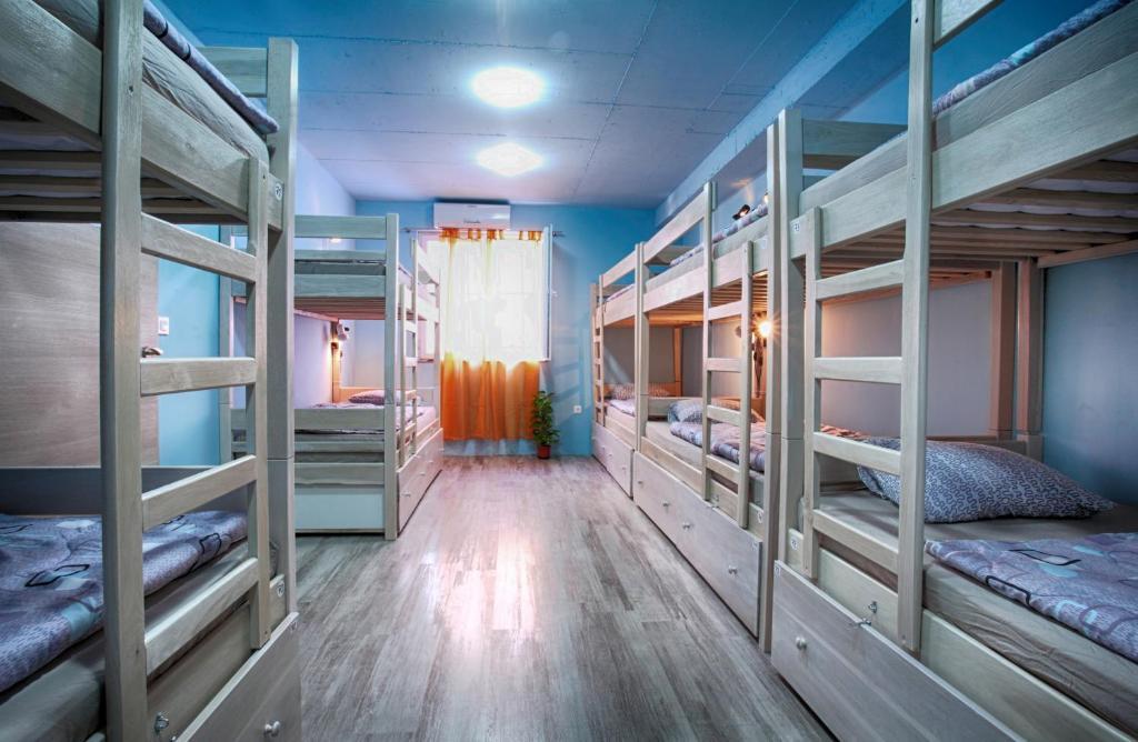 Как подобрать хостел для временного проживания в Москве?