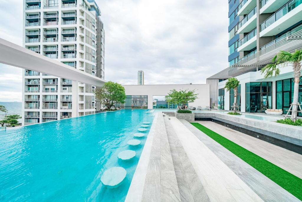 Pattaya Aeras Condotel