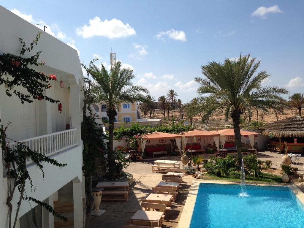 Appart hotel rodes tunisie mezraya for Appart hotel 33