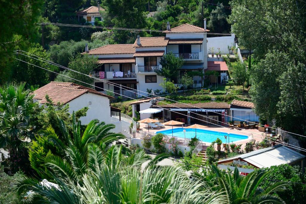 Θέα της πισίνας από το Villa Pappas ή από εκεί κοντά