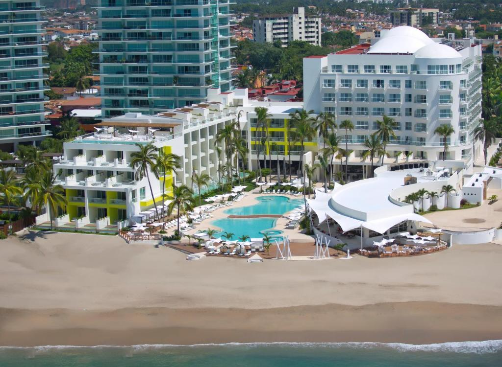 Hilton Puerto Vallarta Resort Mexico Bookingcom - Puerto vallarta resorts all inclusive