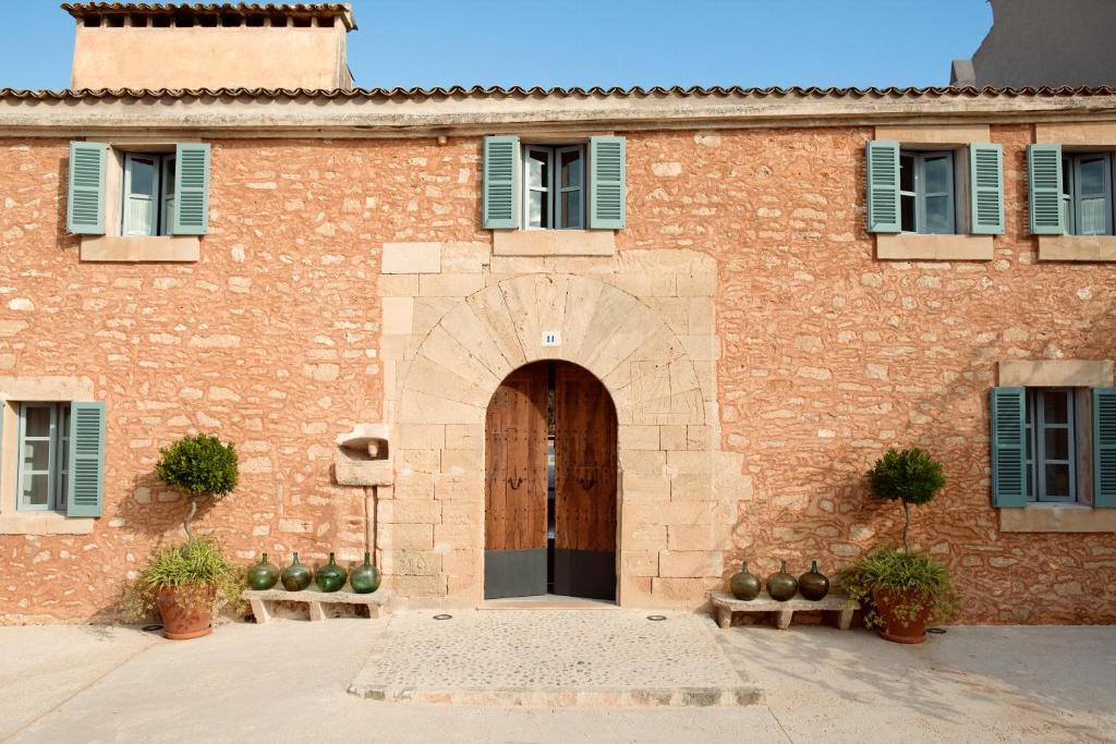 boutique hotels in capdepera  41