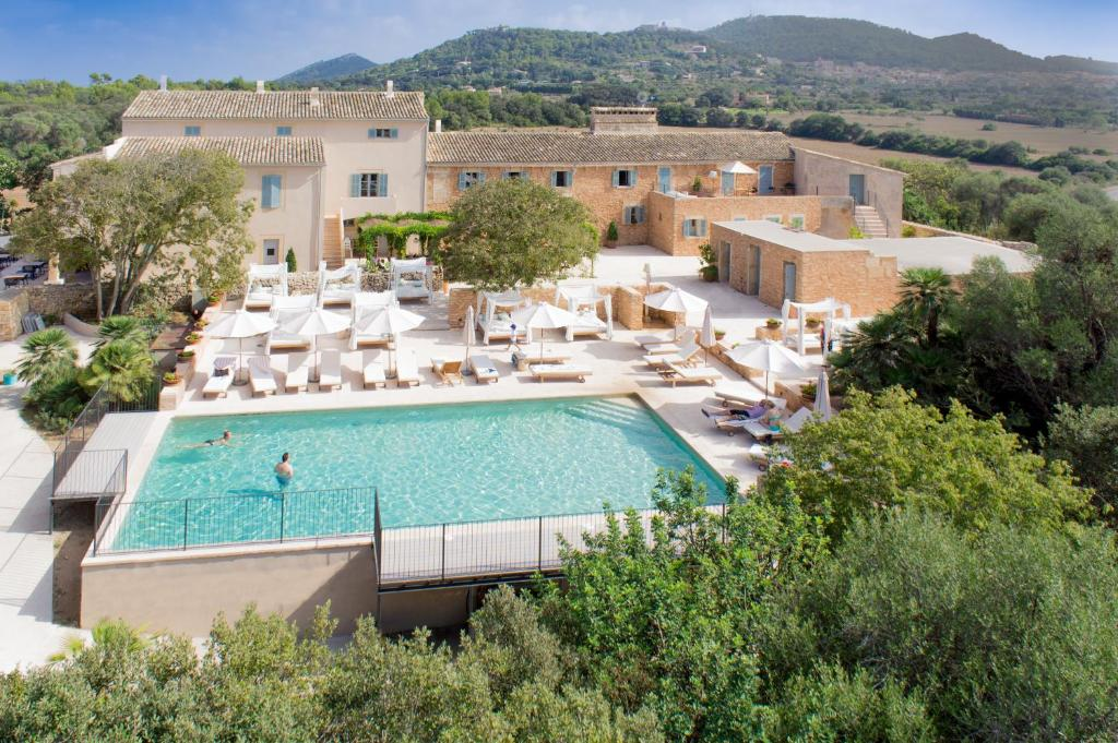 boutique hotels in capdepera  26