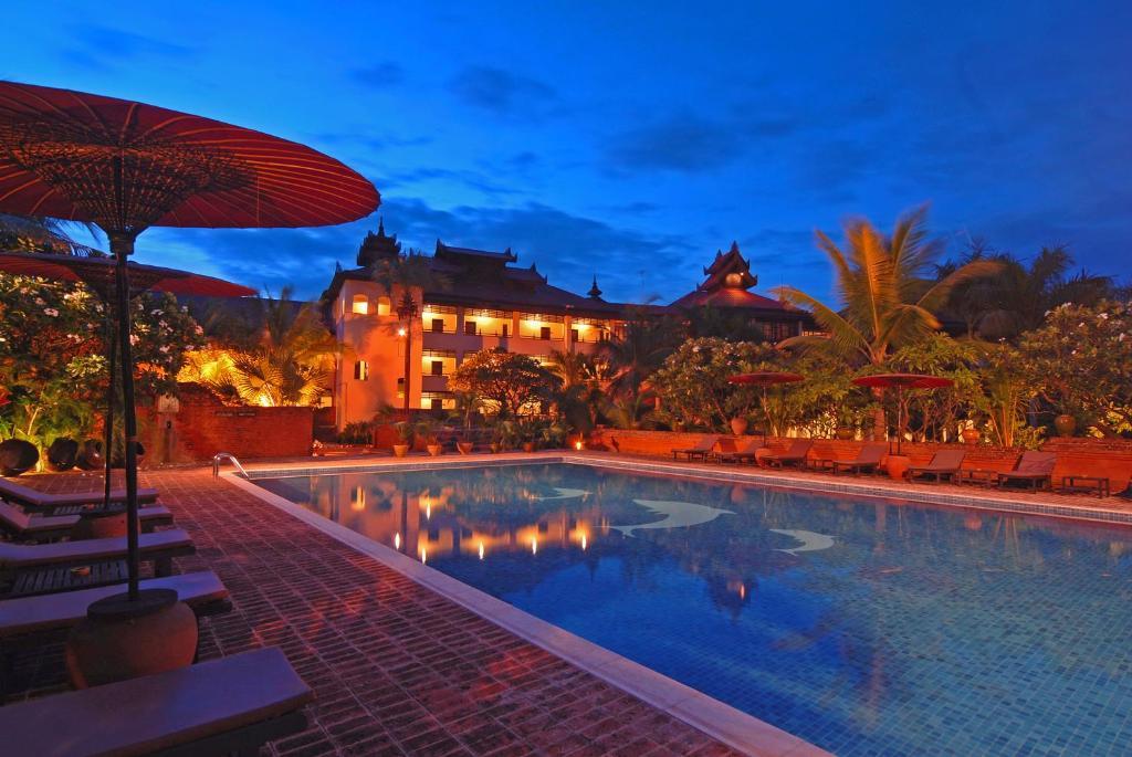 Basen w obiekcie Amazing Bagan Resort lub w pobliżu