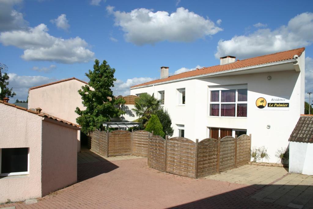 Apartments In Nieul-le-dolent Pays De La Loire