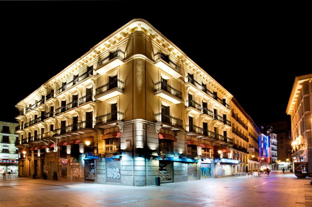 Hotel petit palace preciados madrid spain for Hotel preciados madrid