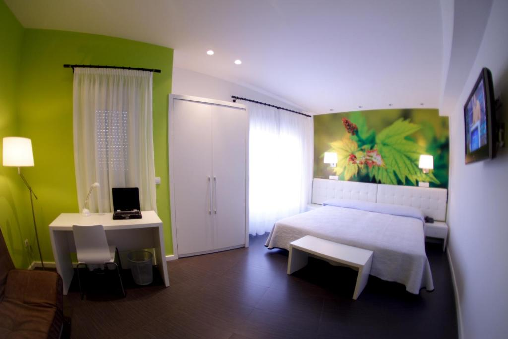 boutique hotels in san vicente de la sonsierra  25