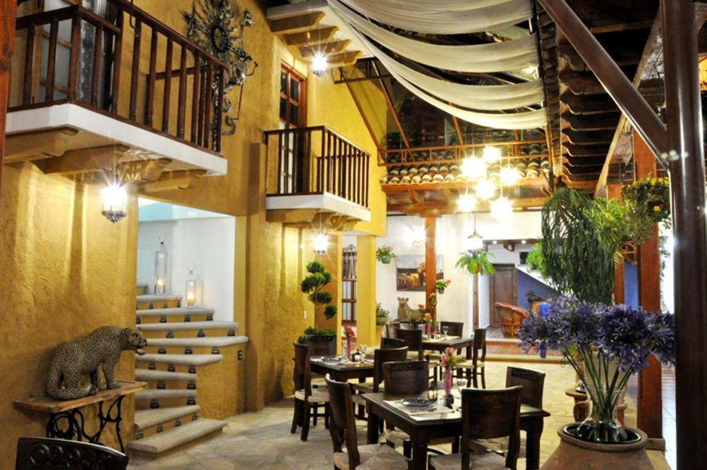 Hotel casa santa lucia san crist bal de las casas mexico for Hotel casa de los azulejos booking