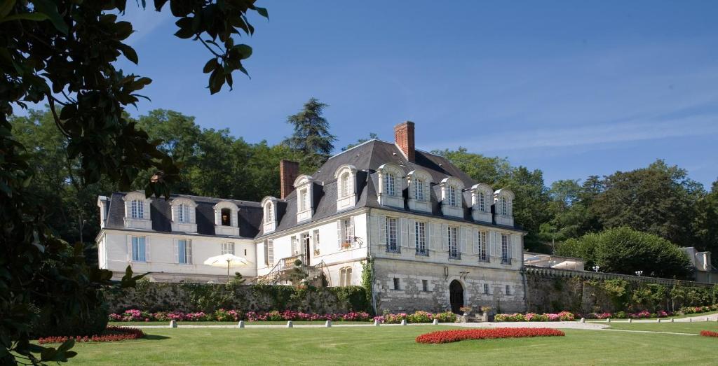 Hotel The Originals Ch U00e2teau De Beaulieu Et Magnolia Spa