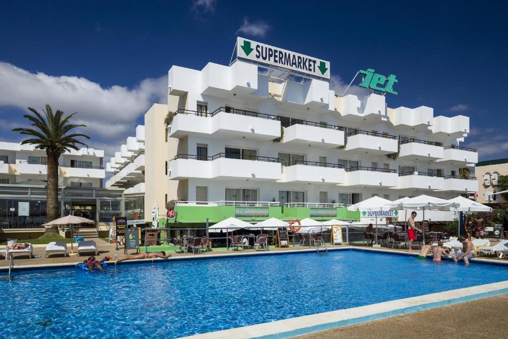 Apartamentos jet adults only playa d 39 en bossa updated 2018 prices - Apartamentos en ibiza ...