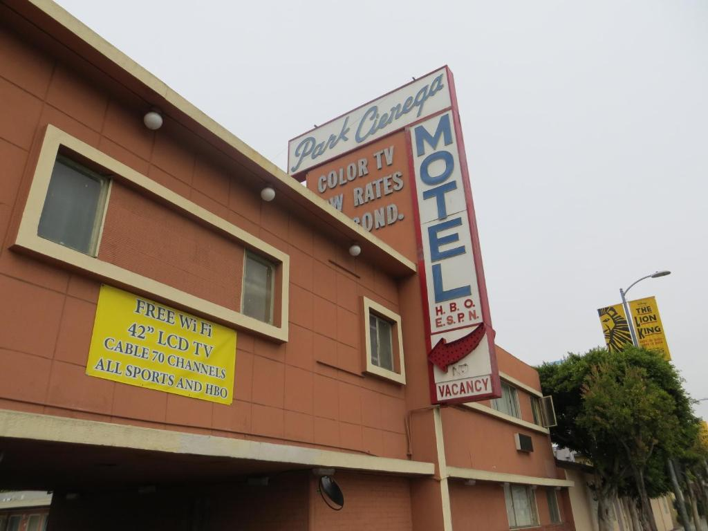 Park cienega motor hotel 2018 world 39 s best hotels for Motor hotel los angeles