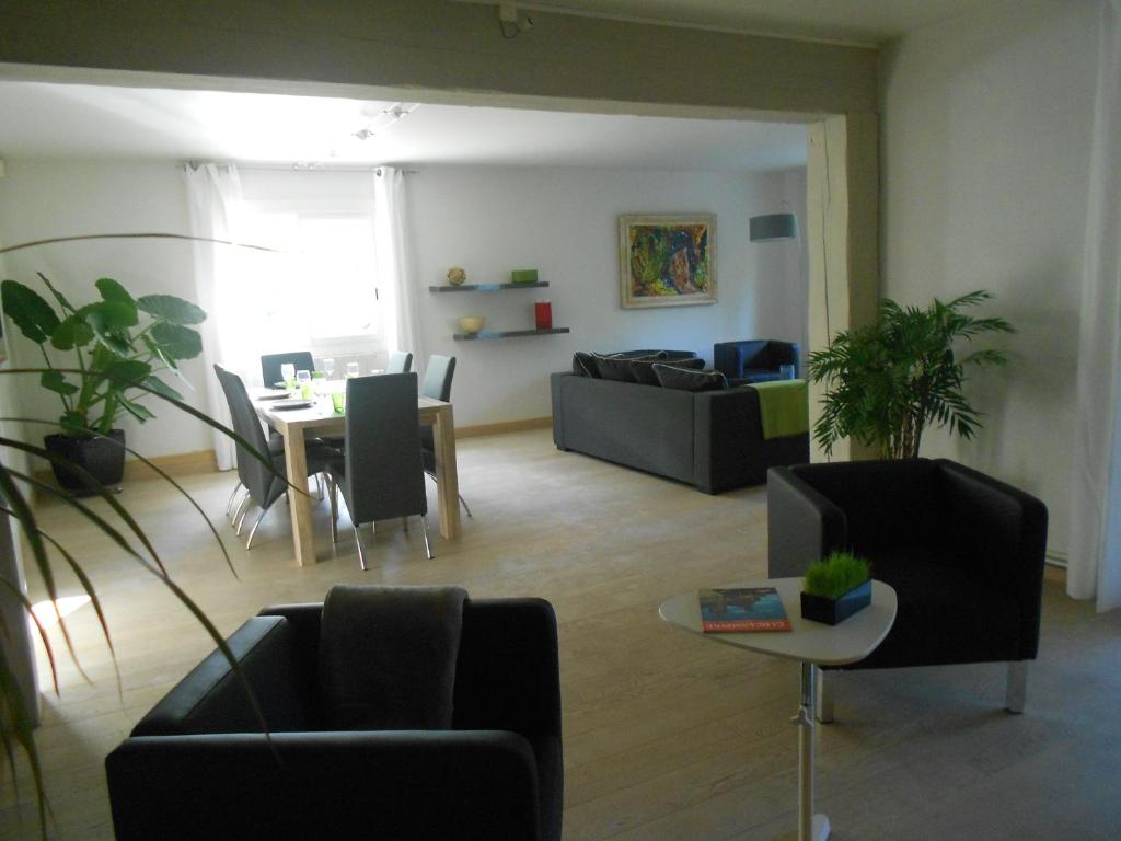 Apartments In Villesiscle Languedoc-roussillon