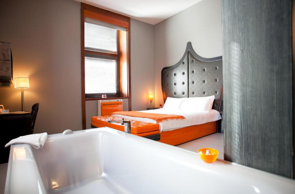 Orange Hotel Rome Italy Bookingcom