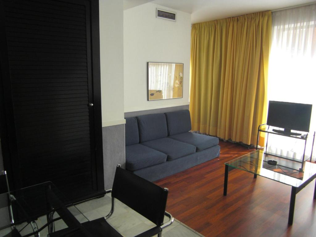 Image result for DESCARTES APARTMENTS 3 barcelona