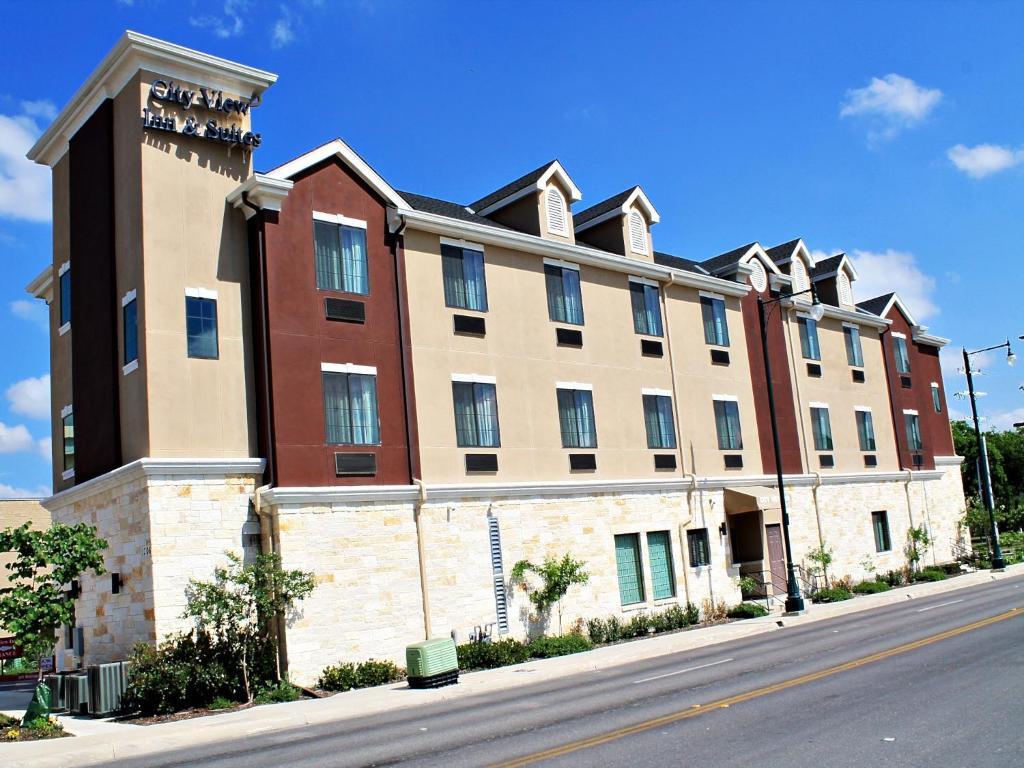 Cityview Inn Amp Suites San Antonio Tx Booking Com