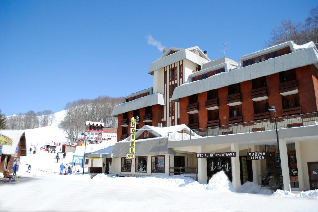 Hotel Togo Palace Terminillo during the winter