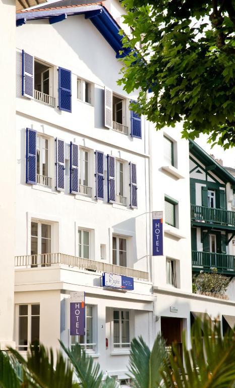 オテル ル サフィール(Hôtel Le Saphir)