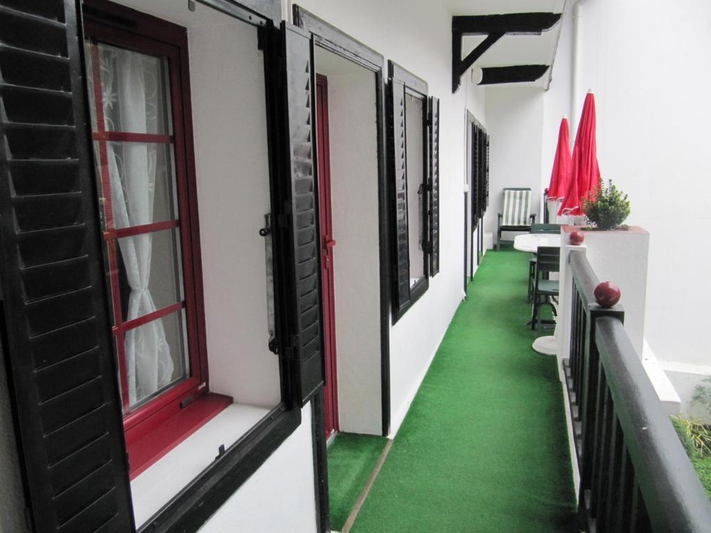 le chalet basque capvern avec des photos booking