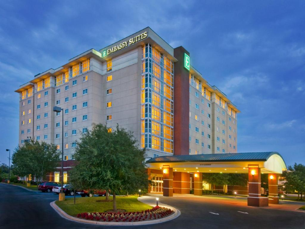 Hotel Embassy Suites North Charleston Sc Booking Com
