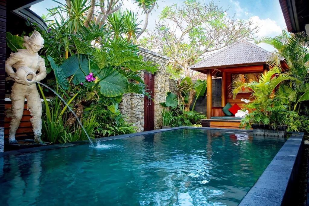 Bali dream villa seminyak indonesia for Pool design bali