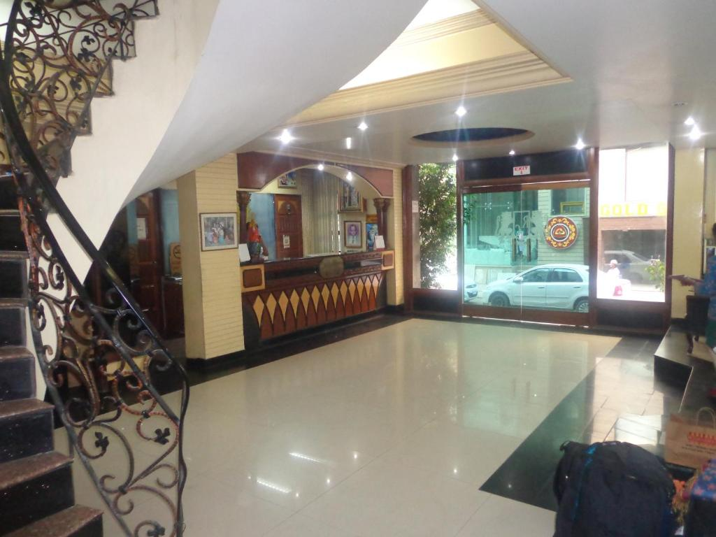 hotel red castle, new delhi, india - booking