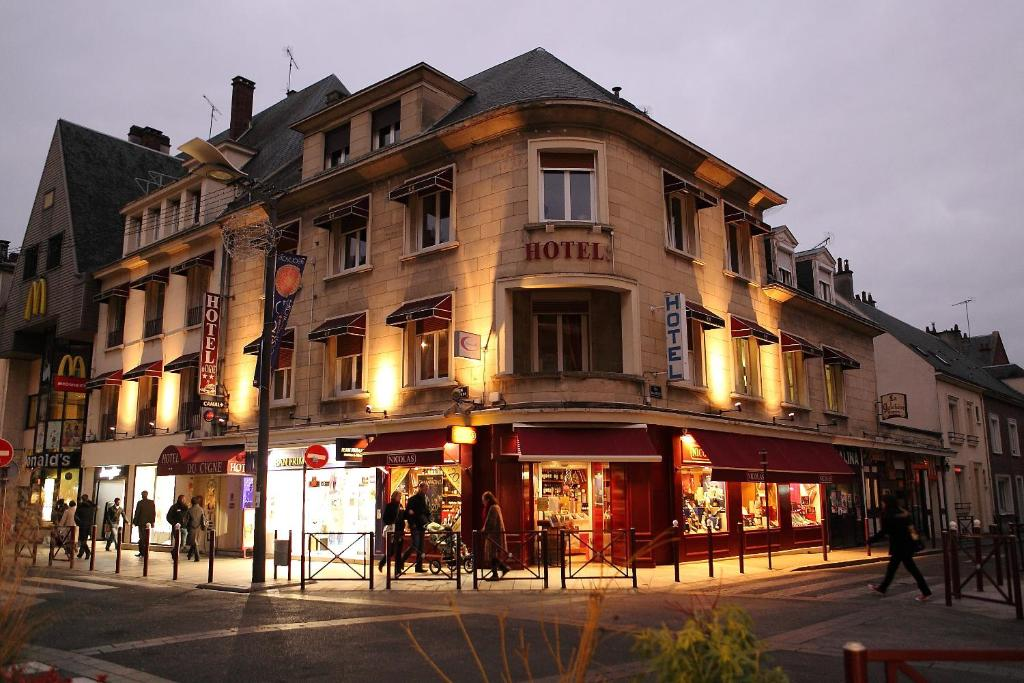 Hotel du cygne beauvais france booking