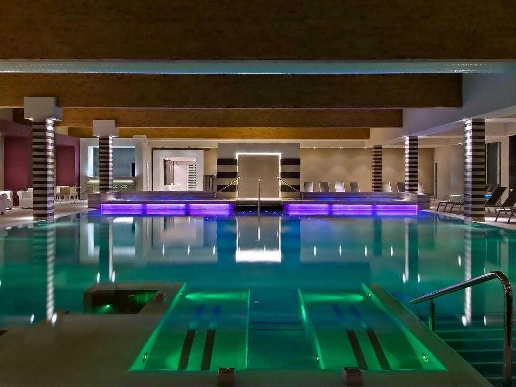 The swimming pool at or near Hotel Terme Mioni Pezzato & Spa