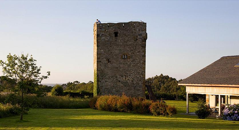 Torre De Villademoros 2