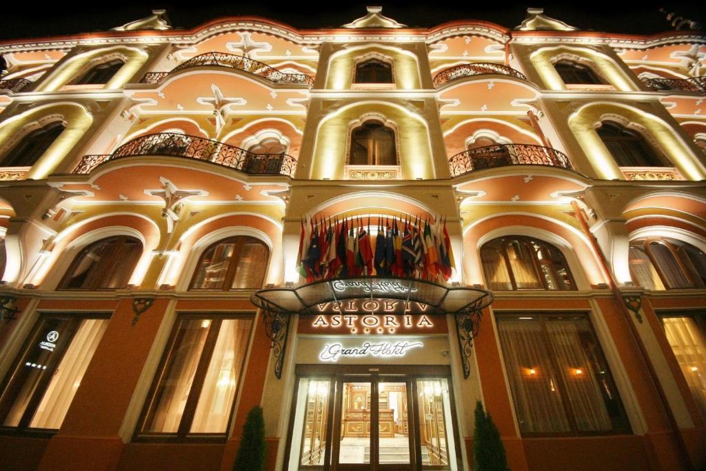 Αποτέλεσμα εικόνας για T Grand Hotel Astoria