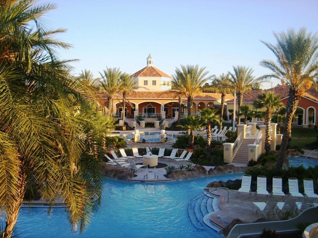 B Resort Spa In Orlando Florida