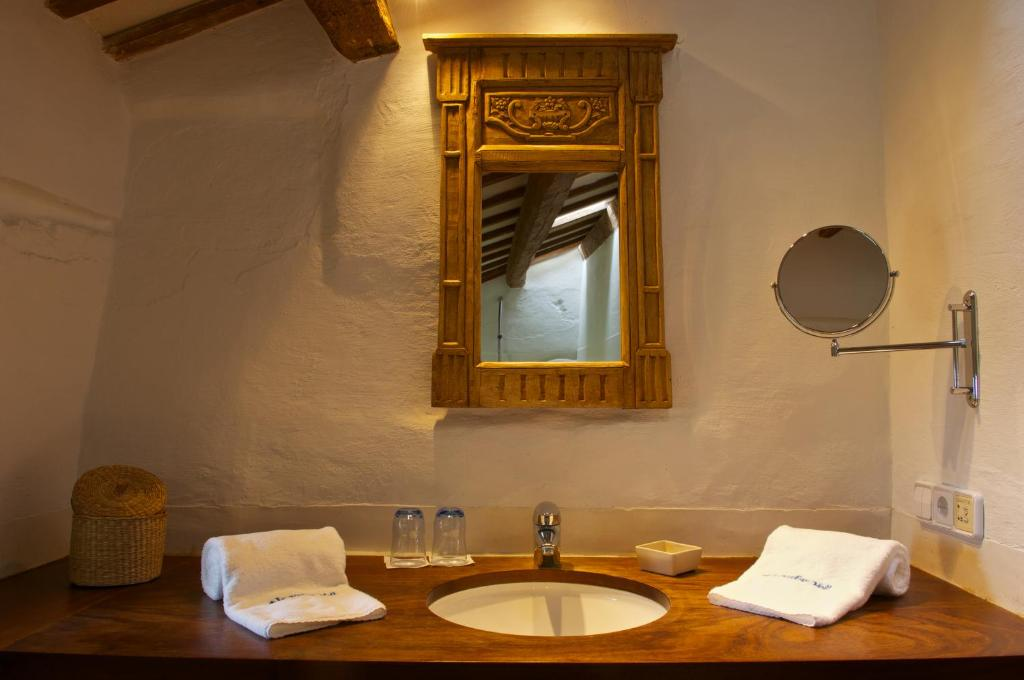 boutique hotels sant lluis  17