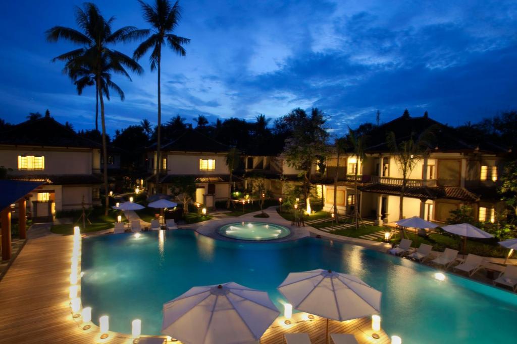 Grand Whiz Hotel Nusa Dua Bali(グランド ウィズ ホテル ヌサ ドゥア バリ)の外観