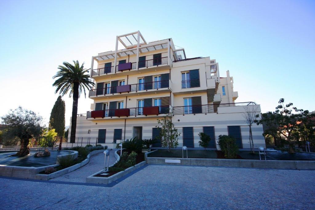 Appartamenti Belsoggiorno (Italien Diano Castello) - Booking.com