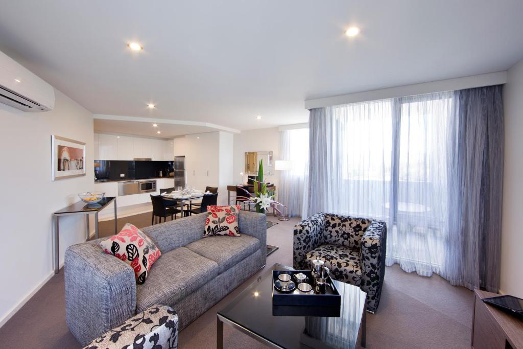 Adina Serviced Apartments Canberra Dickson, Canberra ...