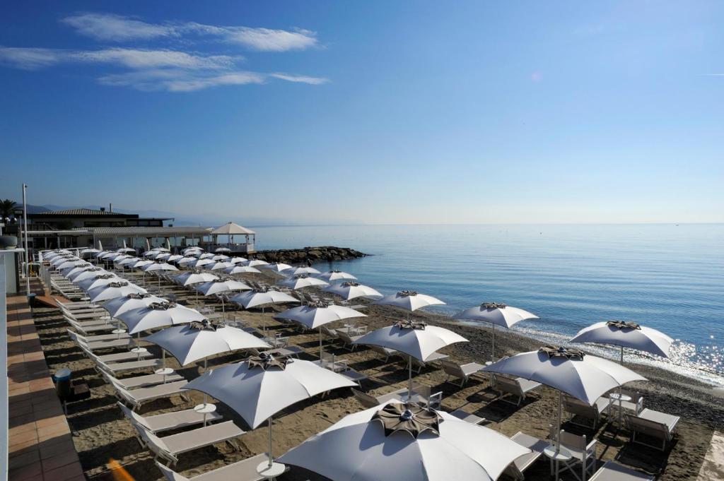 appartamenti villaggio internaziona (italia albenga) - booking.com - Arredo Bagno Albenga