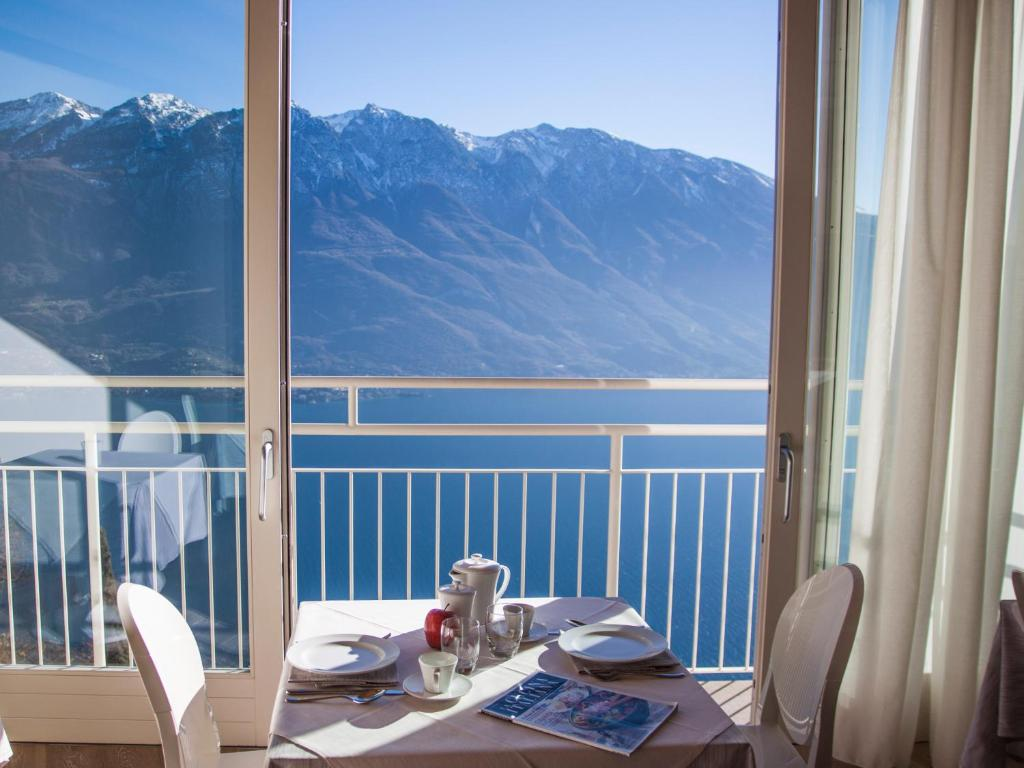 Locanda Al Castelletto Tremosine Sul Garda Italy Booking Com