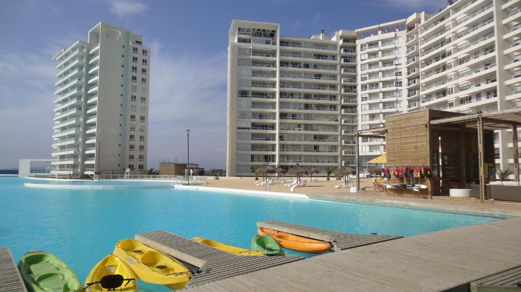 Resort urbano laguna del mar chile la serena for Apart hotel jardin del mar la serena