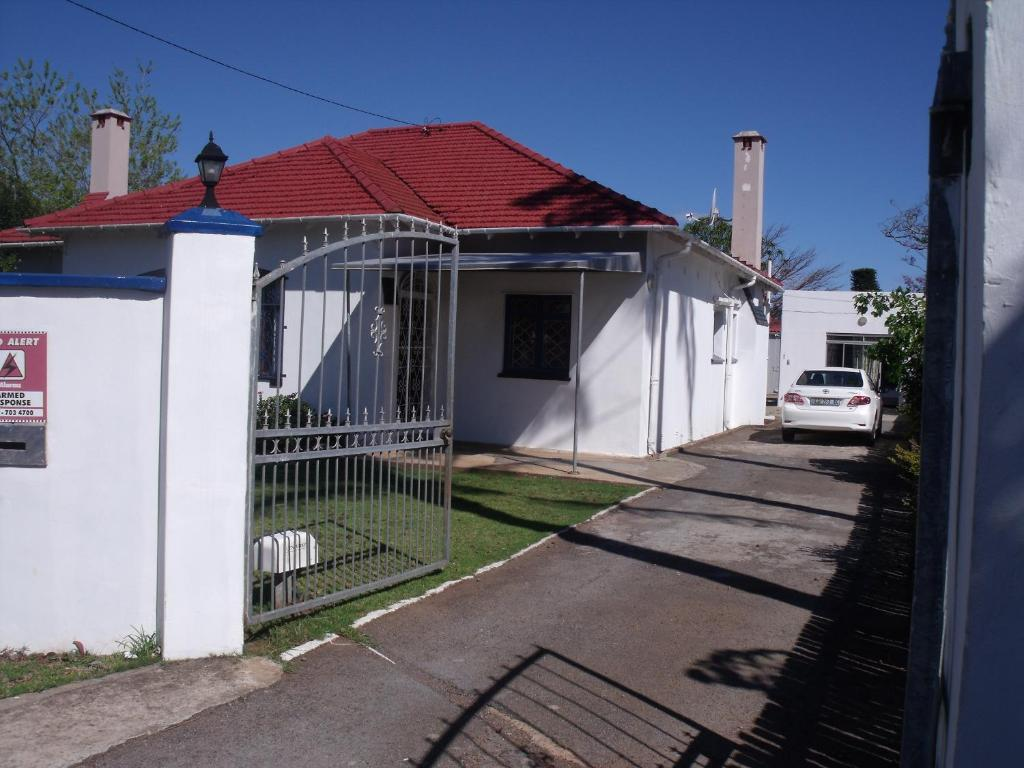 Rainbow Guesthouse, East London, South Africa - Booking.com