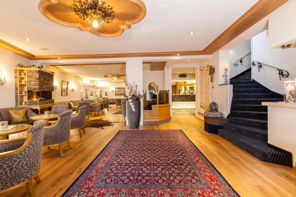 The lobby or reception area at Damülser Hof - Wellness & Spa