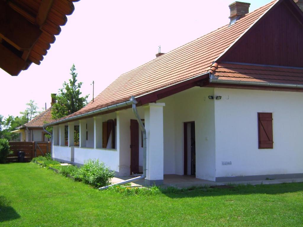 Dorottya Udvar Vendeghaz Tiszacsege Hungary Booking Com