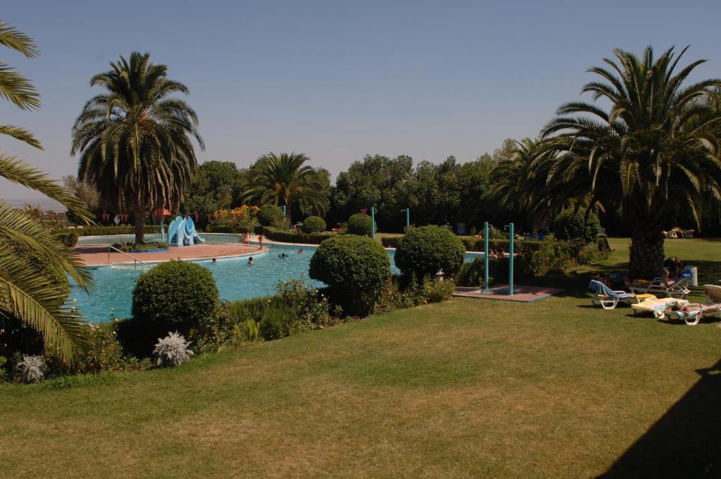 Aldeamento tur stico elxadai parque portugal elvas for Piscina elvas