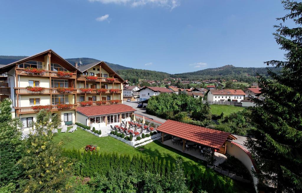 Hotel Kronberg Garni Bodenmais Germany Booking Com