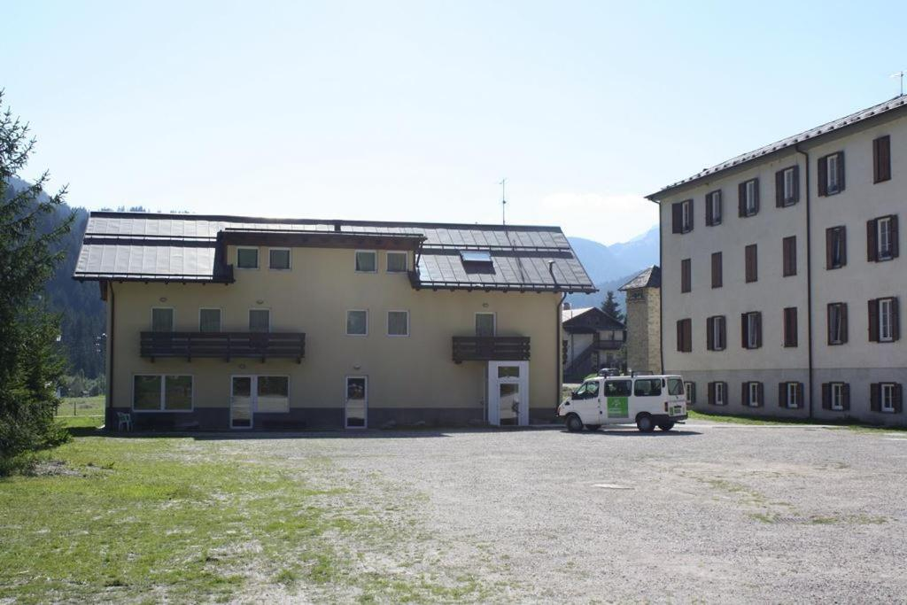 Hotel Soggiorno Dolomiti, Mazzin, Italy - Booking.com