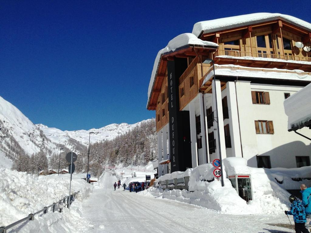 Hotel Dufour during the winter